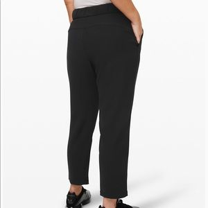 NWT Lululemon Black On the Fly 7/8 Pant Woven - 6
